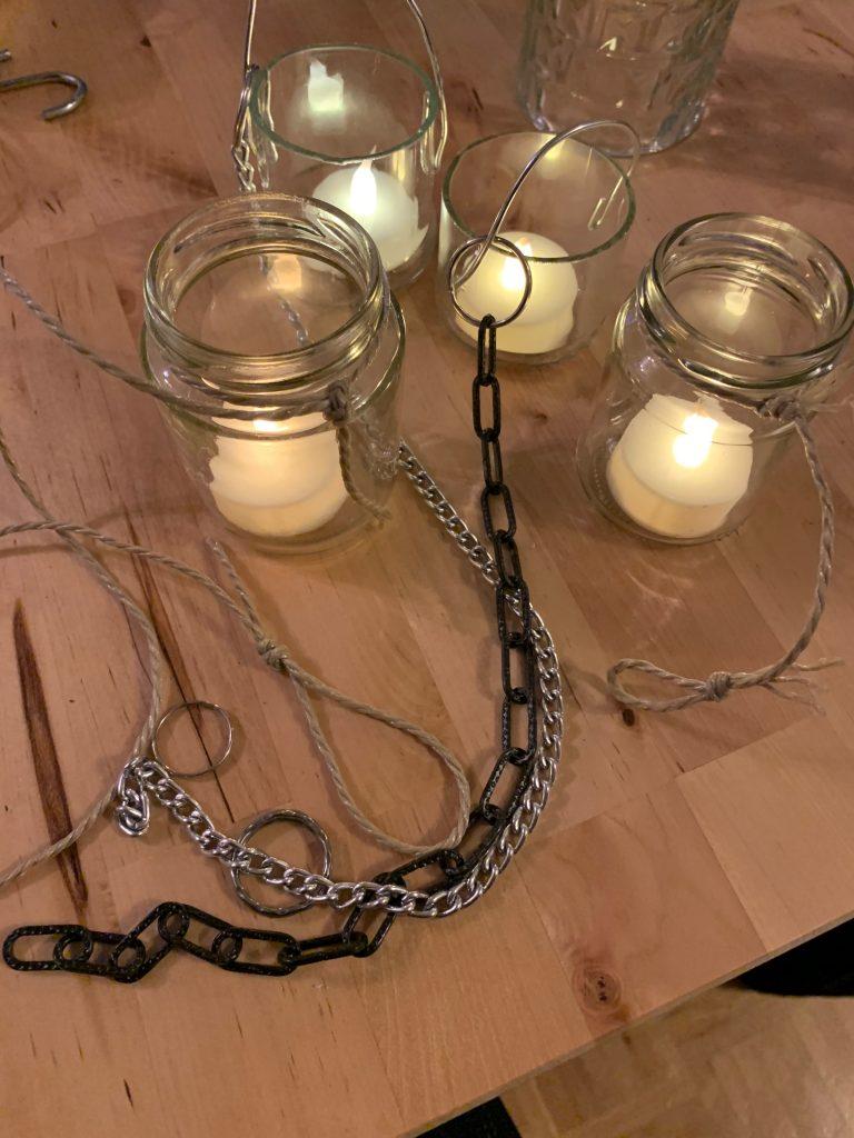 Teelichthalter-Gläser mit Ketten- oder Bindfaden-Aufhängung