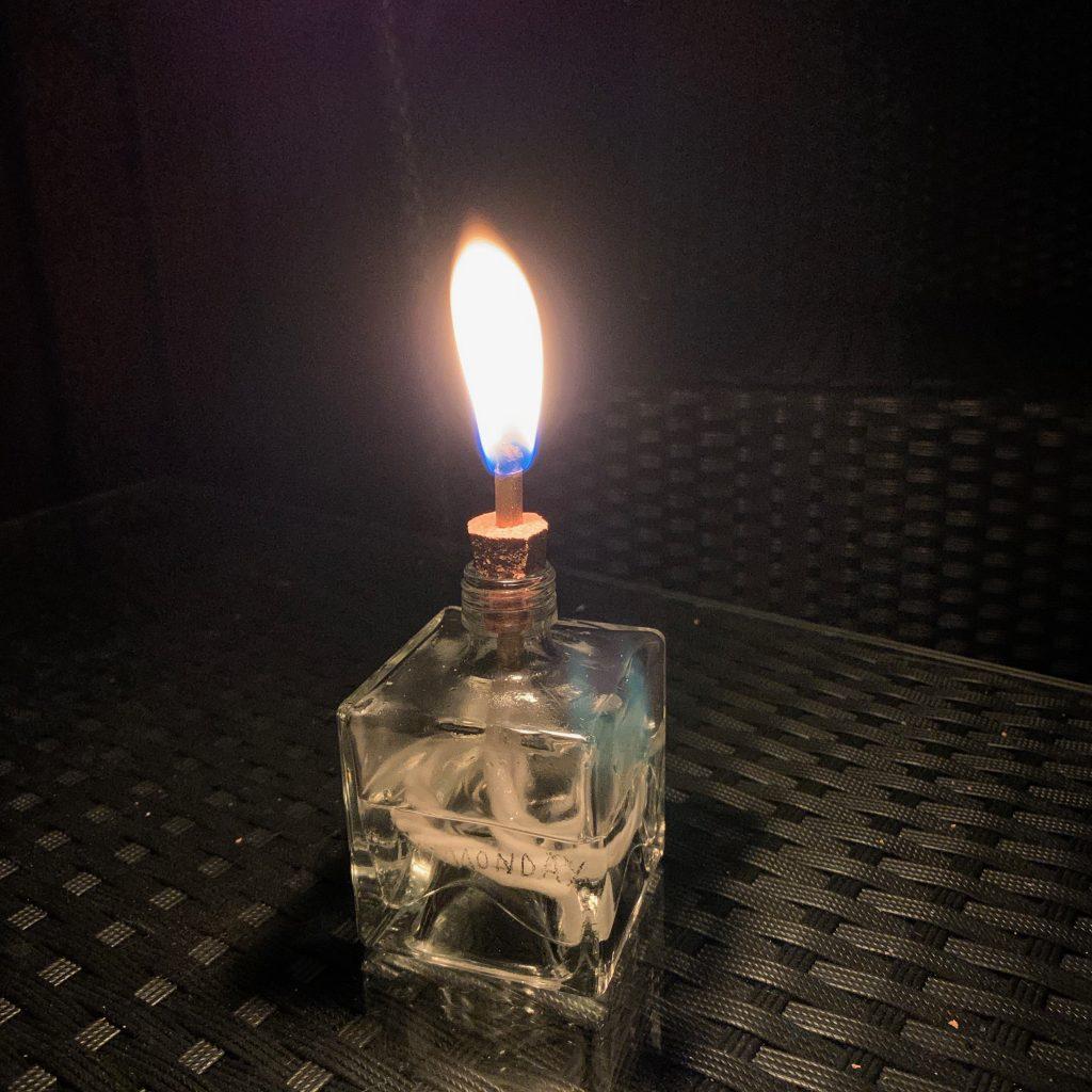 Brennende DIY Öllampe