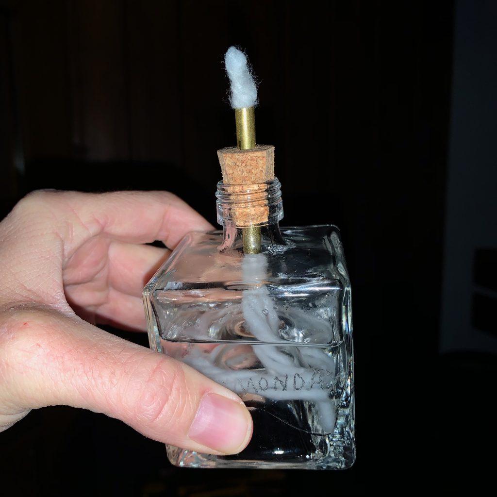 Likörflasche als Öllampe