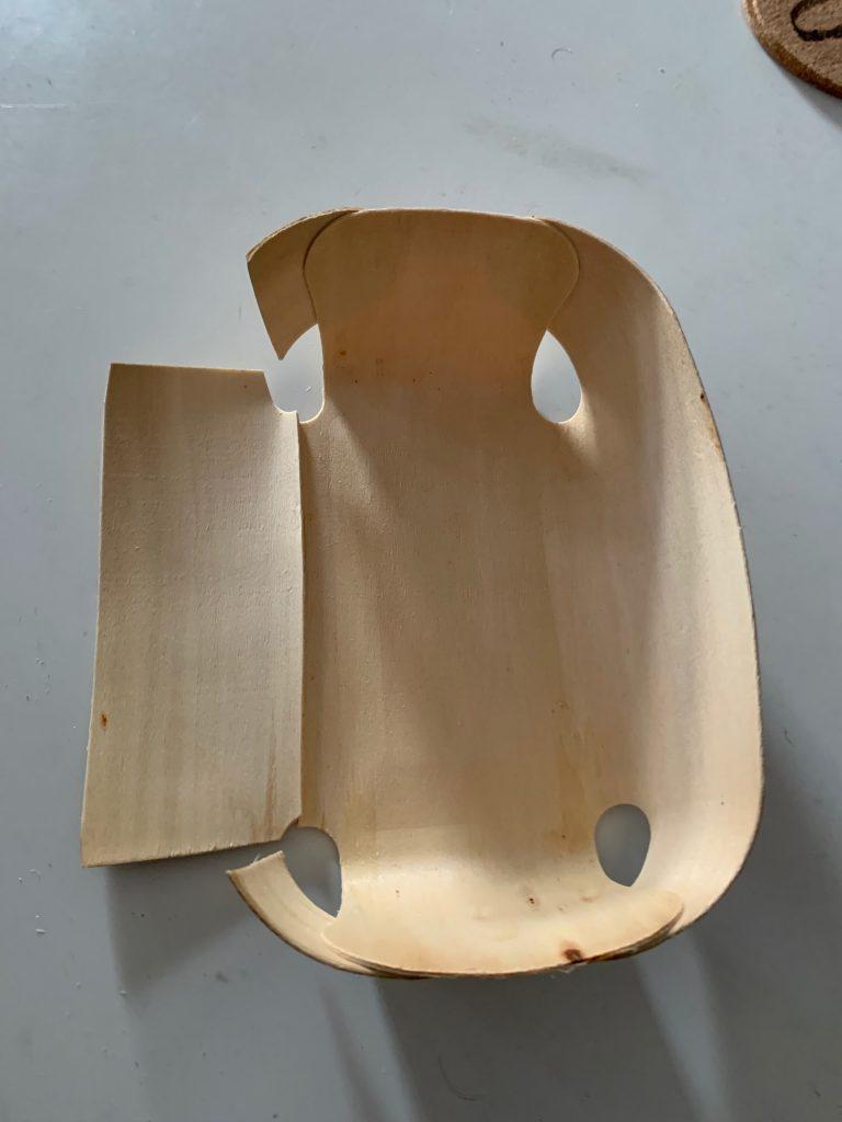 Holzbackform in Rechtecke schneiden