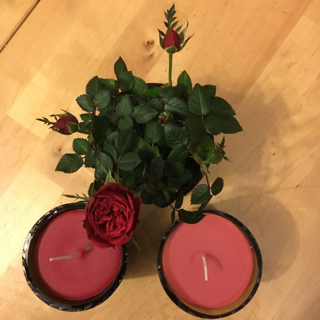 Kerzen im Glas in Rot